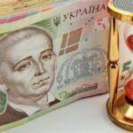 В кризис украинцы решили зарабатывать на очередях